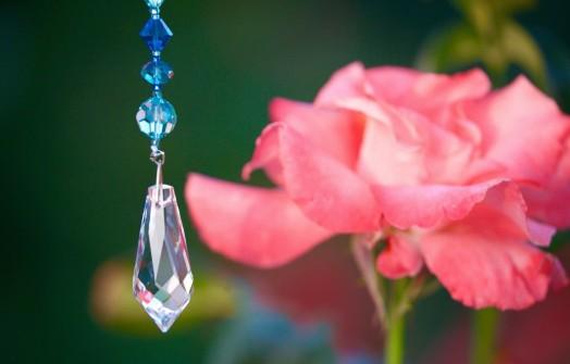 Pendulum with rose